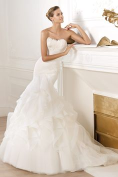 2014 Modern Wedding Dresses Mermaid/Trumpet Sweetheart Sweep/Brush Train Embellished With Special Feather USD 254.09 LDPKZZRGZK - LovingDresses.com