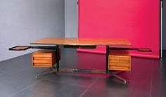 Gio Ponti Rara scrivania dirigenziale Metallo laccato, ottone, legno di noce, piano in laminato. Prod. Rima, anni '50