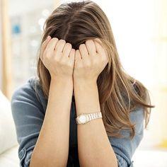 Colpisce una donna su dieci, ma è una patologia spesso sottovalutata. Parliamo della Ppd: che cos'è e quali sono sintomi e rischi
