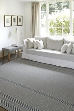 Made to measure flatweave rugs from Roger Oates