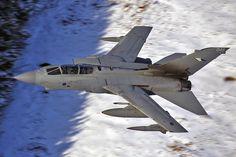 """Panavia Tornado GR4   ZA557 """"048""""   RAF"""