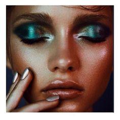 Mermaid eyes - yellow/blue/green/purple metallic eyeshadow look with pink lips. Eyebrow Makeup Tips Makeup Inspo, Makeup Inspiration, Makeup Tips, Hair Makeup, Makeup Ideas, Glow Makeup, Makeup Tutorials, Makeup Trends, Makeup Quiz