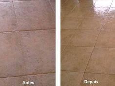 Um produto natural para limpar o chão da sua casa,que lhe vai permitir ficar com um aroma delicado em casa e principalmente com o chão sem marcas e com brilho. Ingredientesnecessários: um copo de água um copo de vinagre um copo de álcool 2-3 gotas sabão 5 gotas de óleo …
