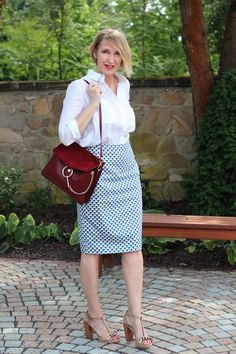 A fashion blog for women over 40 and mature women  Skirt, Blouse and Sandals: Dorothee Schumacher Bag: Chloé Faye