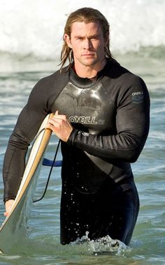 Chris Hemsworth - It's not the almost too big muscles, it's not the hair, it's a ... gestalt! I'm Hawaii- and Southern California-born and bred, I just ... must. Really.