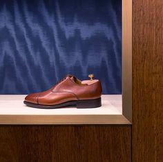 Alessandra Castelbarco Albani | INTERNI Men Dress, Dress Shoes, Loafers Men, Oxford Shoes, Projects, Fashion, Log Projects, Moda, La Mode