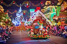 Mickey's Very Merry Christmas Party 2013 Tips - Disney Tourist Blog