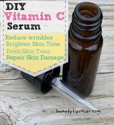 Fight Wrinkles with Homemade Vitamin C Serum - Natural Beauty Skin Care Beauty Care, Diy Beauty, Beauty Skin, Beauty Tips, Diy Vitamin C Serum, Glycerin, Skin Care Remedies, Natural Remedies, Acne Remedies