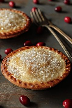 Individual pear and cranberry pies