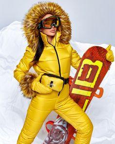 Ski Outfits, Winter Outfits, Fashion Outfits, Snowboard Suit, Ski Jumpsuit, Ski Fashion, Winter Fashion, Snowboarding Women, Winter Suit