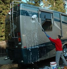 #RVing How To Clean The Exterior Of Your RV -- Helpful Blog To DIY