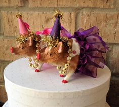 Two Dressed Up Pigs Cake Topper These Girls Are Ready To