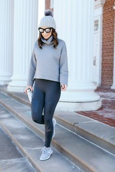 Thoughts on Time Management - alittlebitetc Tennis Shoes Outfit, Fitness Fashion, Fitness Outfits, Love Her Style, Jean Outfits, Time Management, Winter Fashion, Sneakers Nike, Sporty