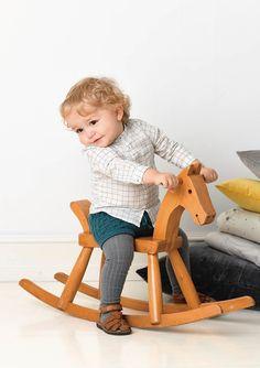 1702 Smårollinger. Strikket Bleiebukse Baby Alpaca, Mulberry Silk, Comfortable Outfits, Rocking Chair, Pure Products, Mini, Furniture, Home Decor, Patron Robe