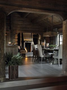All about skiing and chalets Old style log meets meets modern design. I like how the decor has a con Cabin Interiors, Rustic Interiors, Chalet Interior, Interior Design, How To Build A Log Cabin, Log Cabin Homes, Log Cabins, Rustic Design, Modern Design