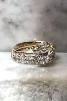 18 Oval Engagement Rings That Every Girl Drems ❤ oval engagement rings rose gold center oval diamond wedding band ❤ Beautiful Engagement Rings, Rose Gold Engagement Ring, Solitaire Engagement, Vintage Engagement Rings, Engagement Bands, Wedding Engagement, Engagement Jewellery, Tiffany Engagement, Wedding Bride