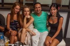 The lucky man with 3 beautiful ladies! Lucky Man, Prom Dresses, Formal Dresses, Beautiful Ladies, Concert, Lady, Beach, Fashion, Moda