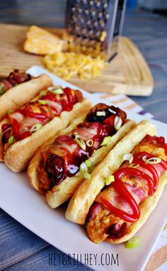 5 recipes for the best stuffed hot dogs ever! We like the hot dog stuffed with cheese, topped with pepperoni then wrapped with bacon. Grilled until bacon is crispy! Sausage Sandwiches, Wrap Sandwiches, Hotdog Sandwich, Hotdog Dog, Hot Dogs, Brat Sausage, Grilling Recipes, Cooking Recipes, Burger Dogs