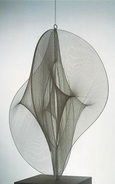 Наум Габо (Naum Gabo),Linear Construction n.2, 1970−71  Russia • Constructivism • Kinetic Art Movement • exploration of space can be done without having to depict mass • Art needs to exist actively in four dimensions including time