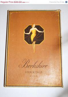 SALE 20 OFF Vintage Hosiery Box 1930/40's by GoodSoulVintageMI, $24.00