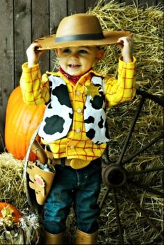 Woody Custom Shirt and Vest Disney Birthday Photo by Best Kids Costumes, Funny Baby Costumes, Newborn Halloween Costumes, Disney Costumes, Infant Halloween, Halloween Projects, Halloween Halloween, Festa Toy Story, Toy Story Party