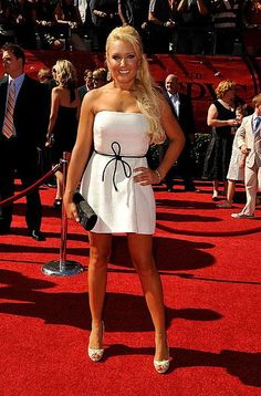 Pro Golfer Natalie Gulbis at the 2009 ESPY's Lpga Players, Natalie Gulbis, Golf Player, Female Athletes, Female Golfers, Sport Body, Golf Fashion, Play Golf, Golf Outfit