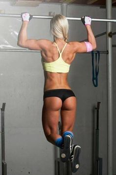27 Fit Women Who Lift Heavier Than You