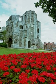 Newark castle,  Built by Alexander Bishop of Lincoln between the years of 1125 and 1135. Nottinghamshire, England
