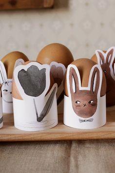 Easter Egg Holders Printable   merrilee-liddiard Spring Treats, Egg Dye, Plastic Eggs, Egg Holder, Easter Celebration, Happy Spring, Easter Crafts, Happy Easter, Easter Eggs