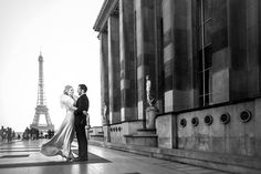 A #Paris elopement, with a twist!  Photography by Applehead Studio