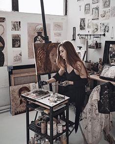 Art Studio Room, Art Studio Design, Art Studio At Home, Forest Drawing, Artist Aesthetic, Art Corner, Gothic House, Creative Portraits, Art Studios