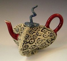 Teapots show (2008). Alice deLisle Tea Pod