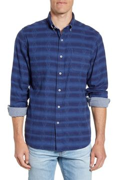 New Southern Tide Whispering Pines Reversible Regular Fit Button-Down Sport Shirt online - Perfectbestsellers Southern Tide, Southern Shirt, Southern Marsh, Southern Prep, Harris Tweed Jacket, Models Off Duty, Cut Shirts, Sports Shirts, Sport Coat