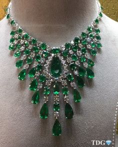 EXCEPTIONAL EMERALDS!!!! Live from @graffdiamonds at #BASELWORLD2016 ..... Necklace.... Ring.... And earrings par excellence!!! by the_diamonds_girl