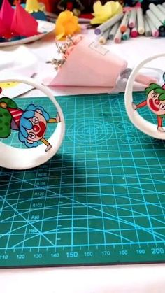 Plastic Cup Crafts, Paper Cup Crafts, Crafts To Do, Hobbies And Crafts, Diy Crafts For Kids, Craft Kids, Preschool Art Activities, Fun Activities For Kids, Diy Recycled Toys