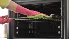 4 Απίστευτα Tips για Σπίτι Χωρίς Καθόλου Σκόνηspirossoulis.com – the home issue Rv Cleaning, Deep Cleaning, Best Carpet Stain Remover, Rv Clubs, Cleaning Challenge, Melted Plastic, Clean Microfiber, Kitchen Cabinetry, Good Job