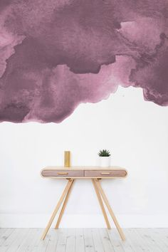Relish Altrosa Vibes mit diesem Aquarell Tapete. Schichten von Textur und Farbe, um ein anspruchsvolles und dennoch kokett Gefühl zu Ihnen nach Hause. Es ist perfekt für Wohnzimmer Räume für eine neue Art und Weise, die ihre Wände zu verkleiden.