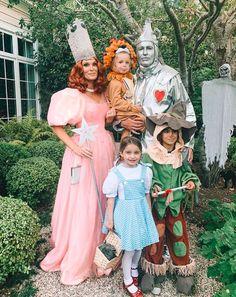 Halloween 2019, Halloween Outfits, Halloween Costumes For Kids, Halloween Ideas, Halloween Party, January Jones, Oct 31, Tyler Blackburn, Billy Idol