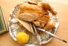 Pollo al limone, Lemon Chicken. The easiest and tastiest roasted chicken ever. The meat is beyond moist!