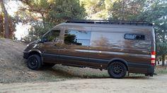 """Sawtooth Adventure Van 03 - 170"""" 4x4"""
