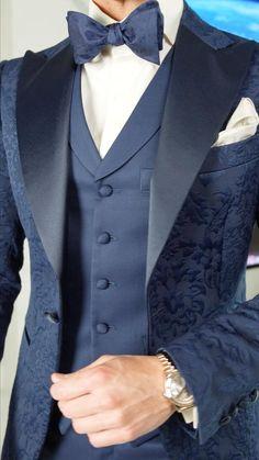 Blue Wedding Suit Groom, Black Groomsmen Suits, Navy Blue Tuxedos, Men Wedding Suits, Navy Blue Groom, Wedding Tux, Dress Suits For Men, Mens Suits, Mens Fashion Suits