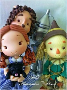 The wizard of oz character figurines