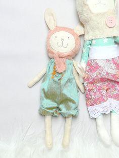 Conejito de peluche vestido de muñeca FIFI por MiniwerkaToys