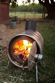 creative ideas with empty mini beer kegs - Google Search Wood Fire Pit, Diy Fire Pit, Barbacoa, Fire Pots, Beer Keg, Wood Fired Oven, Grill Design, Rocket Stoves, Wood Burner