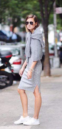 Как носить модное платье-свитер