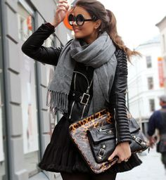Great way to use the grey scarf.