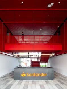 TODOS Arquitetura and ENTRE Arquitetos recently completed the design for the expansive Santander Bank's Digital Generation offices located in São Paulo, Office Reception Area, Sao Paulo Brazil, Linear Lighting, Waiting Area, Layout, Workplace Design, Types Of Furniture, Entrance Gates, Outdoor Living Areas