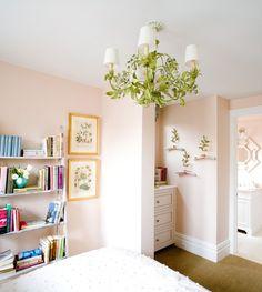 pretty wall color for baby girl room Light Pink Walls, Peach Walls, White Walls, Green Chandeliers, Modern Bedroom Design, Little Girl Rooms, Girls Bedroom, Bedroom Ideas, Childrens Bedroom