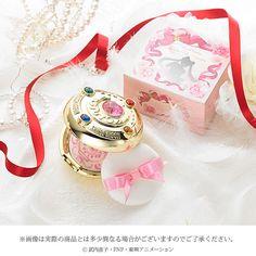 Sailor Moon Miracle Romance makeup powder (美少女戦士セーラームーン ミラクルロマンス メイクアップパウダー) | June2015