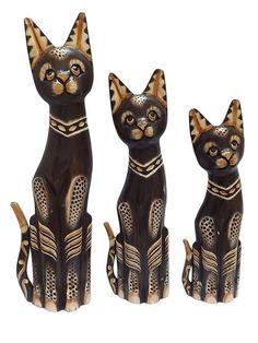 Trio de Gatos Bali em Madeira 50/40/35cm - http://www.artesintonia.com.br/trio-de-gatos-bali-em-madeira-50-40-35cm